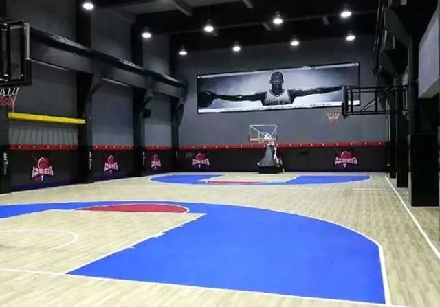 basketball-court-3.jpg